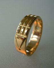 Ring-breed-geelgoud